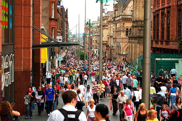 Busy Buchanan Street (photo from Chris Kueh -Flckr)